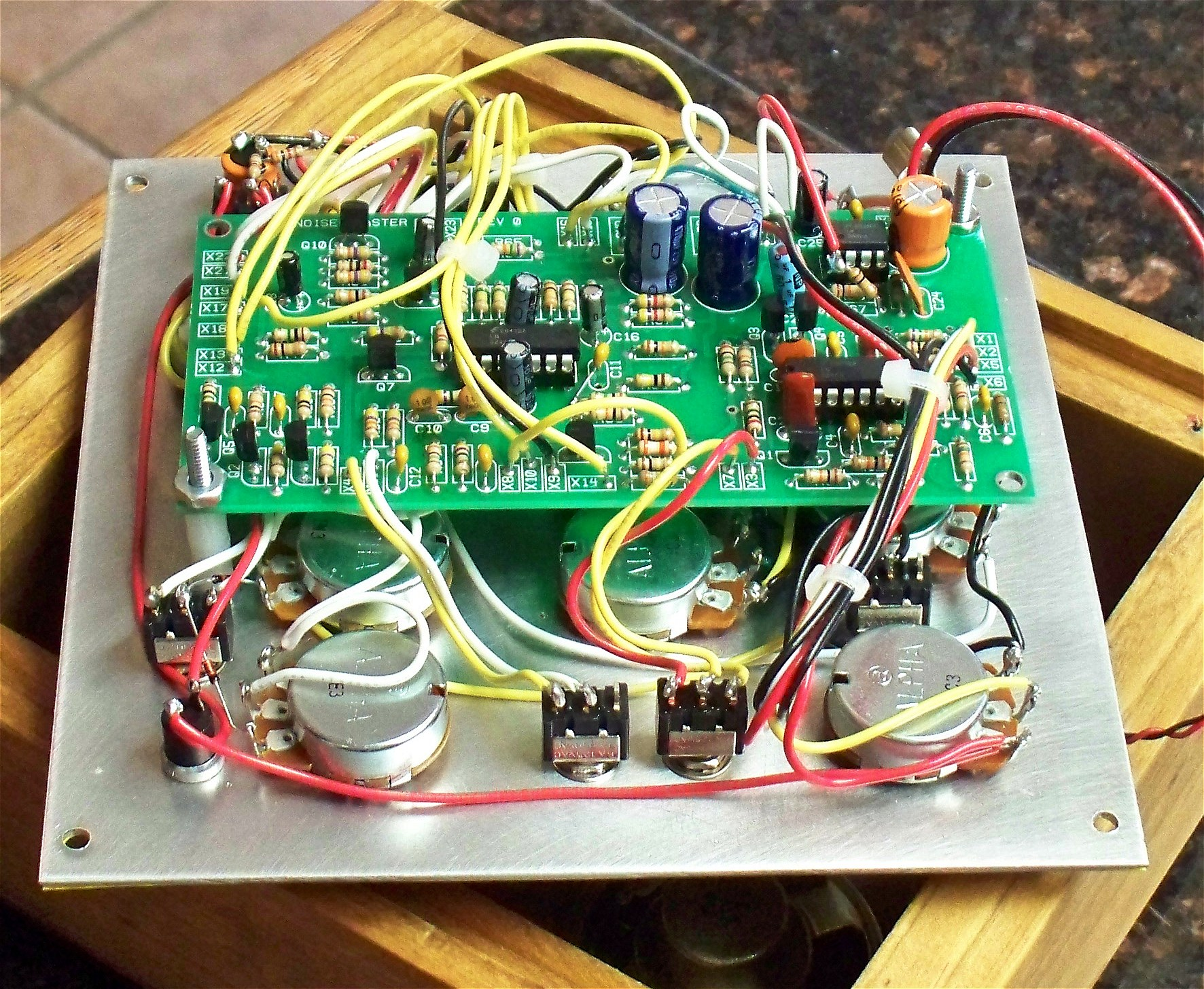 Mfos Noise Toaster C11 Pc Wiring Diagram